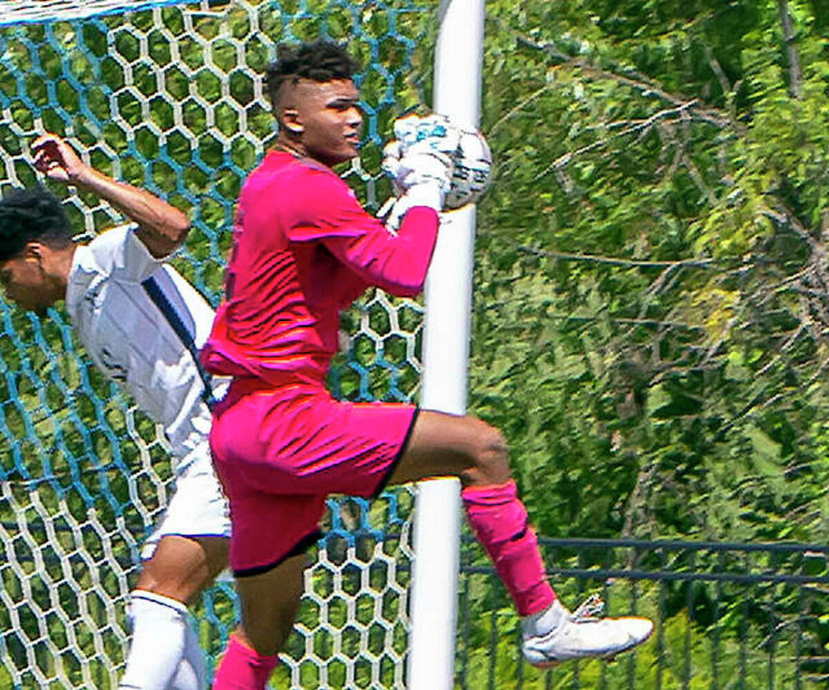 LCCC goalie Eric Walker made six saves and helped the No. 16-ranked Trailblazers to a 1-1 overtime tie with Jefferson college Wednesday night in Hillsboro, Mo. Walker is shown making a save earlier this season.