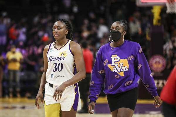 Nneka Ogwumike and Chiney Ogwumike were among the players who signed a full-page print ad in support of reproductive rights that in the New York Times on Sunday.