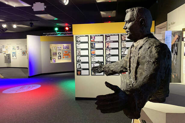 """The bust of J.P. """"Big Bopper"""" Richardson at Museum of the Gulf Coast. Photo by Andy Coughlan"""
