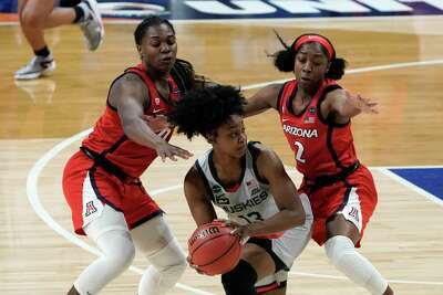 ctinsider.com - The UConn women's basketball roster is deep, talented. How that's creating competition for minutes.
