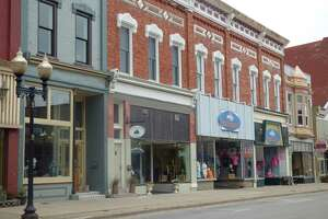 The Manistee Downtown Development Authority in its October meeting discussed the possibility of bringing back parking meters to downtown after a few businesses complained about people overstaying the two-hour limit on free parking spaces on River Street. (File Photo)