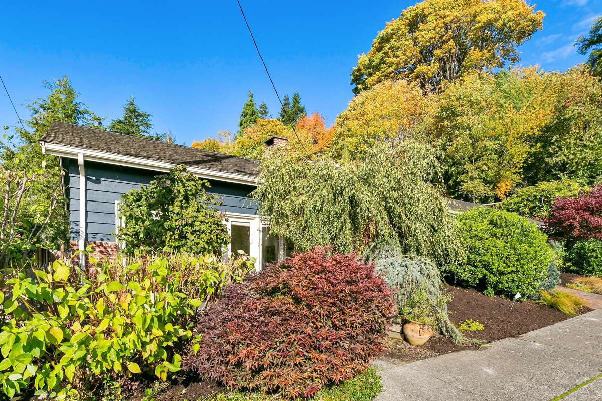 The house is made private by the foliage and trees, but is just a short distance from all the best amenities of West Seattle.