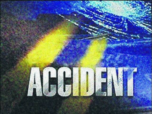 Tanker driver cited after truck overturns on I-72 in Scott