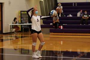 Presley Bartley had a hot hand serving the ball for Frankfort during the Panthers' Saturday tournament. (File photo)