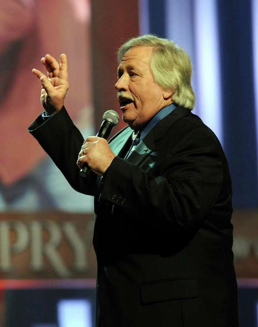 NASHVILLE, TN - SEPTEMBER 28: Recording Artist John Conlee performs during Country Comes Home: An Opry Celebration at the Grand Ole Opry House on September 28, 2010 in Nashville, Tennessee. The Grand Ole Opry House has been restored following damage sustained during flooding in May 2010. (Photo by Rick Diamond/Getty Images) *** Local Caption *** John Conlee