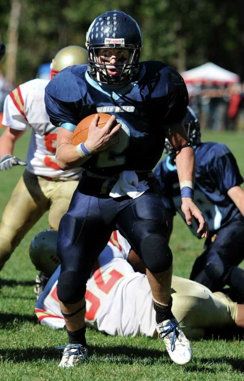Oxford's Nick Donofrio runs the ball on his way to a touchdown in the second half of game action against Stratford Saturday Oct. 2, 2010 at Oxford High School.
