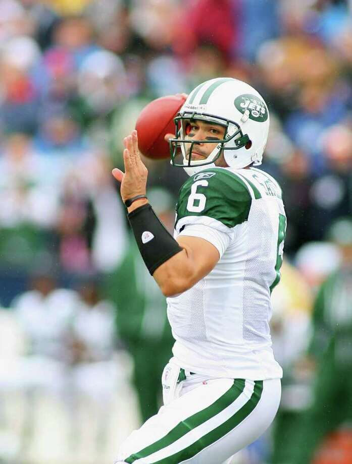 ORCHARD PARK, NY - OCTOBER 03:  Mark Sanchez #6 of the New York Jets readies to throw a pass against the Buffalo Bills at Ralph Wilson Stadium on October 3, 2010 in Orchard Park, New York. The Jets won 38-14.  (Photo by Rick Stewart/Getty Images) *** Local Caption *** Mark Sanchez Photo: Rick Stewart, Getty Images / 2010 Getty Images