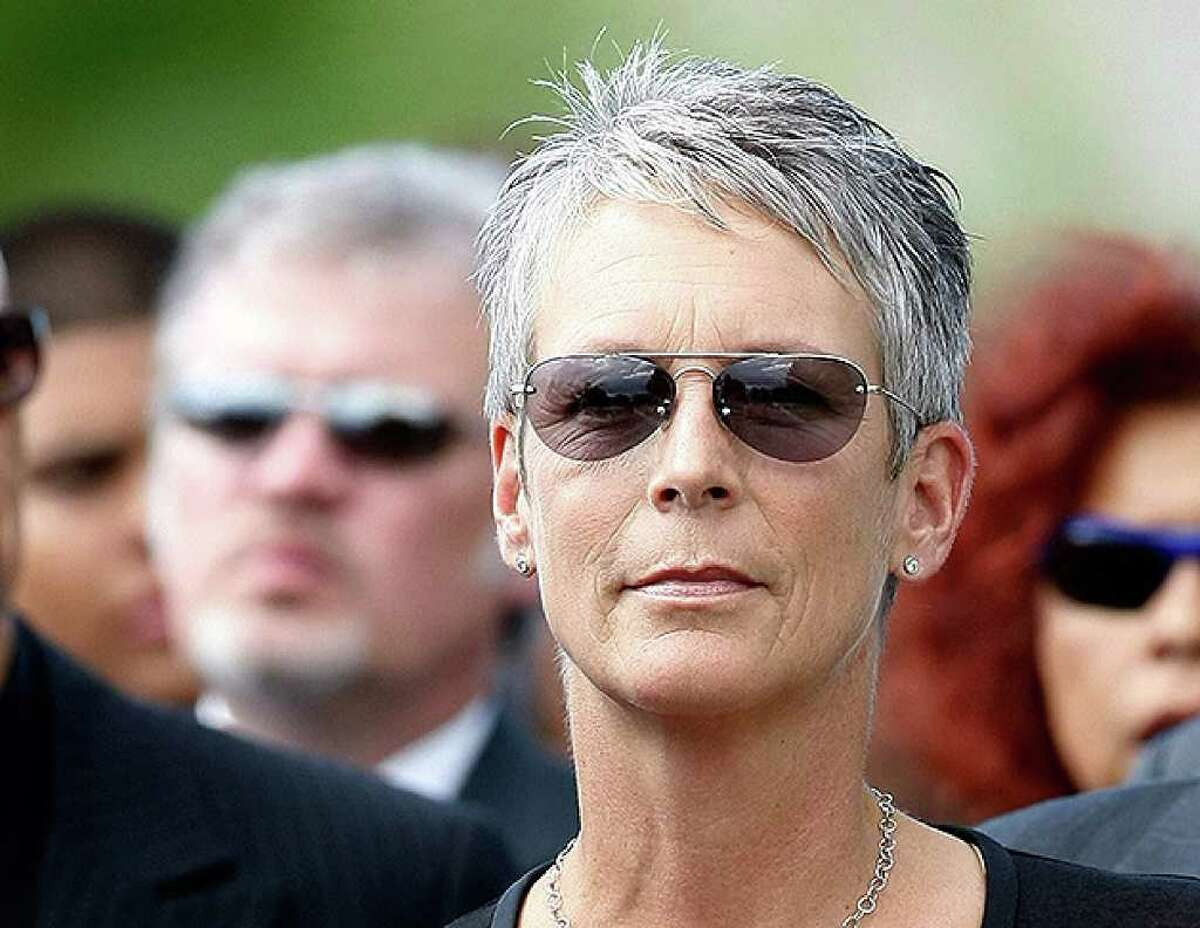 HENDERSON, NV - OCTOBER 04: Actress Jamie Lee Curtis attends the funeral for her father, actor Tony Curtis, at Palm Mortuary & Cemetary October 4, 2010 in Henderson, Nevada. Curtis died on September 29 at age 85. (Photo by Ethan Miller/Getty Images) *** Local Caption *** Jamie Lee Curtis