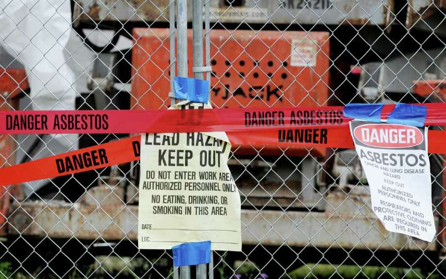 Detail shot of signage & fencing on the south side of the Kate Mullany House at 350-8th St. at the corner of Hoosick St. in Troy, NY   (Luanne Ferris / Times Union) Photo: Luanne M. Ferris