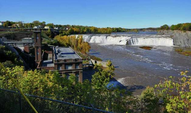 ew of Cohoes Falls and the School Street hydro plant, left,  in Cohoes, NY on Sunday October 10, 2010. ( Philip Kamrass / Times Union ) Photo: Philip Kamrass