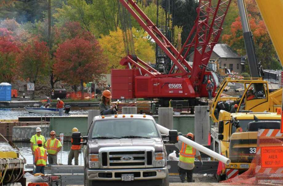Work continues on the Route 9P bridge at Saratoga Lake, Monday October 11, 2010. (Will Waldron / Times Union) Photo: Will Waldron