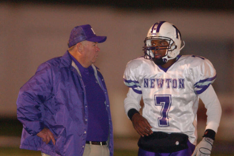 The Newton Eagles face the Argyle Eagles for the state championship Friday December 9, 2005 in Tyler Texas. Newton won the title 28-20 to remain unbeaten for the season. Photo/Jennifer Reynolds