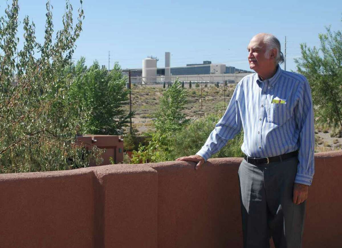 Corrales Comment editor and publisher, Jeff Radford, in front of Intel's Rio Rancho complex in Rio Rancho, N.M. (Courtesy Corrales Comment)