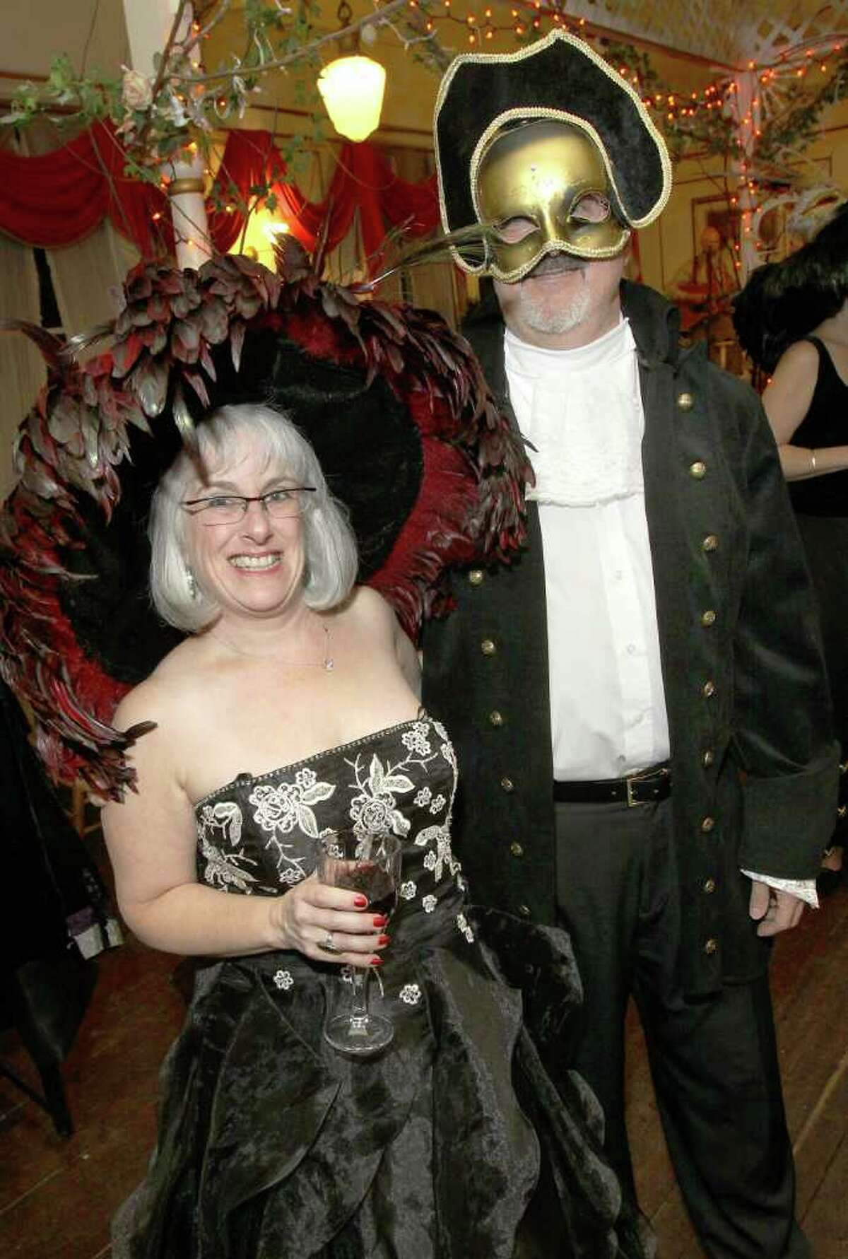 Julie Marks, the co-founder of ASPIRe N.Y., and her husband, Steve Marks. (Joe Putrock)