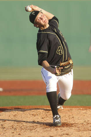 Vidor pitcher and Lamar signee Trae Hester throws against Crosby during their playoff matchup  on Wednesday at Lamar's Vincent-Beck Stadium.  May 5, 2010. Valentino Mauricio/The Enterprise / Beaumont