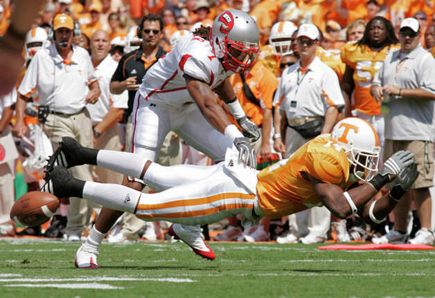 5. Kansas City Chiefs - S Eric Berry - Tennessee strong safety Eric Berry (14) breaks up a pass intended for Quinterrance Cooper (7) during the first quarter of their game against Western Kentucky Saturday, Sept. 5, 2009 in Knoxville, Tenn. (AP Photo/Wade Payne) / FR23601 AP