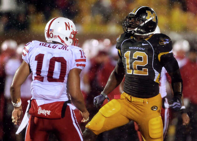 19. Atlanta Falcons - LB Sean Weatherspoon - Missouri linebacker Sean Weatherspoon, right, celebrates after stopping Nebraska running back Roy Helu Jr., left, during the second quarter of an NCAA college football game Thursday, Oct. 8, 2009, in Columbia, Mo. (AP Photo/L.G. Patterson) / FR23535 AP
