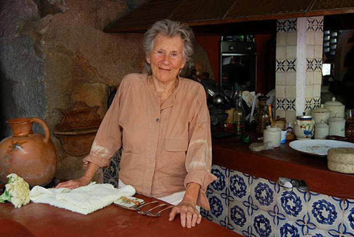 Octogenarian author Diana Kennedy, one of the world?s top authorities on Mexican cuisine, is in South Texas promoting her latest book.