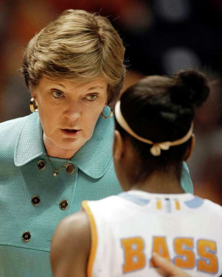 Tennessee head coach Pat Summitt talks with guard Briana Bass in the second half of an NCAA first-round college basketball game against Austin Peay Saturday, March 20, 2010, in Knoxville, Tenn. Tennessee won 75-42. (AP Photo/Mark Humphrey) Photo: Mark Humphrey, ST / AP2010