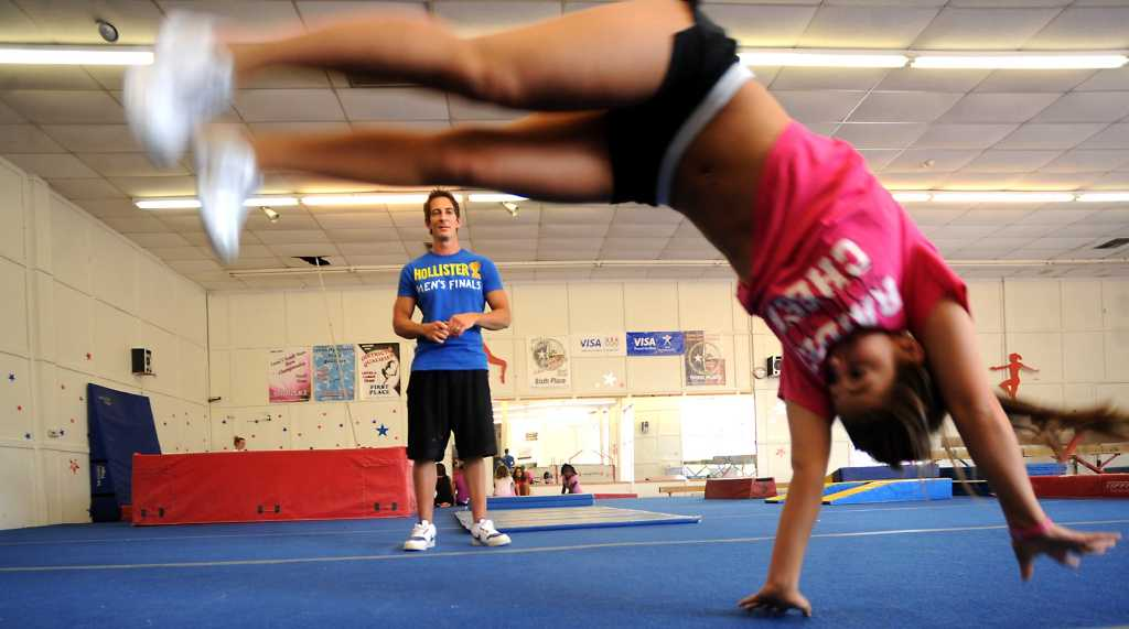 cheerleading sport or not a sport This does not alter the fact that as many as 20 state high school organizations say cheerleading is a sport whether or not the above criteria apply,.