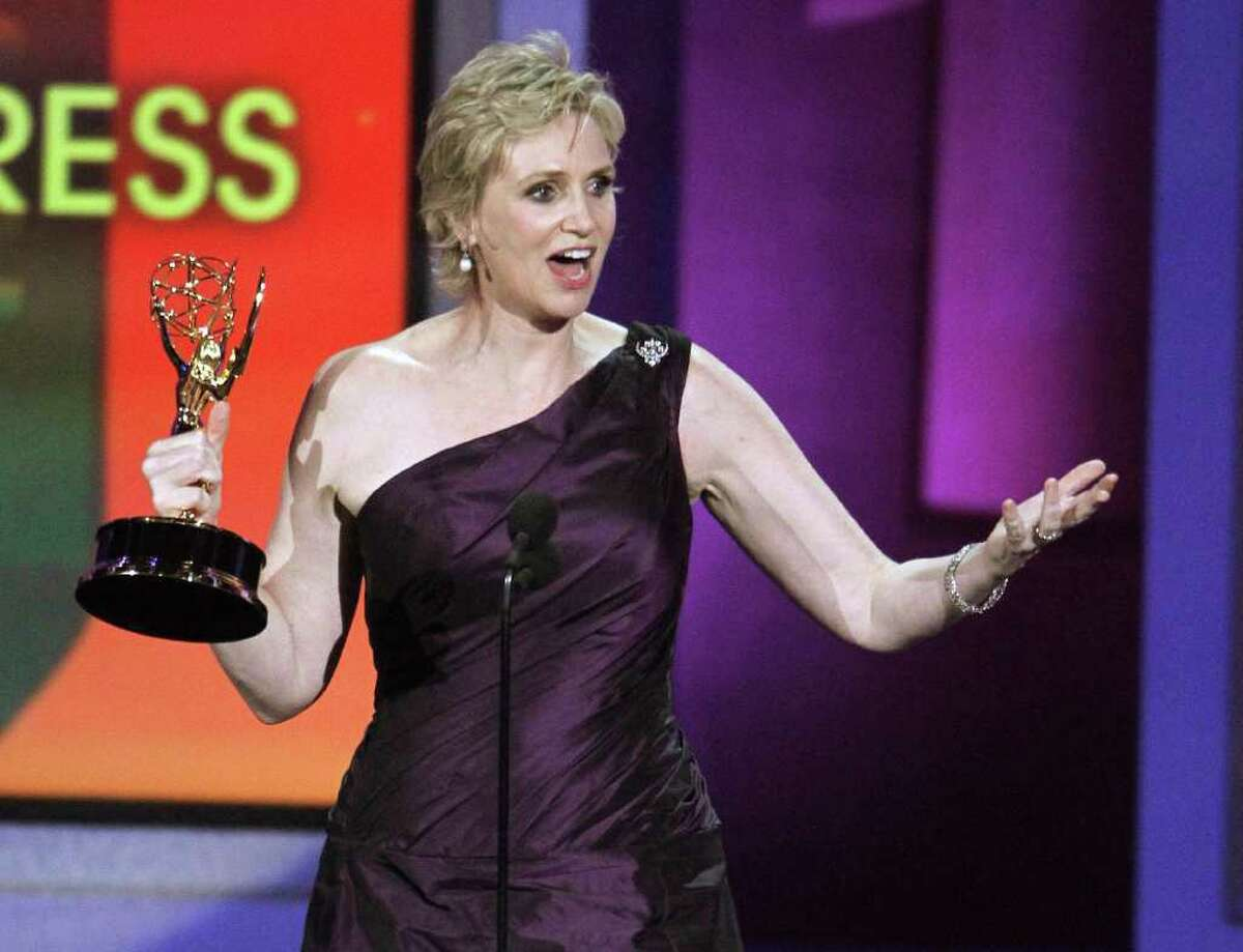 Jane Lynch accepts the award for outstanding supporting actress in a comedy series for her work in