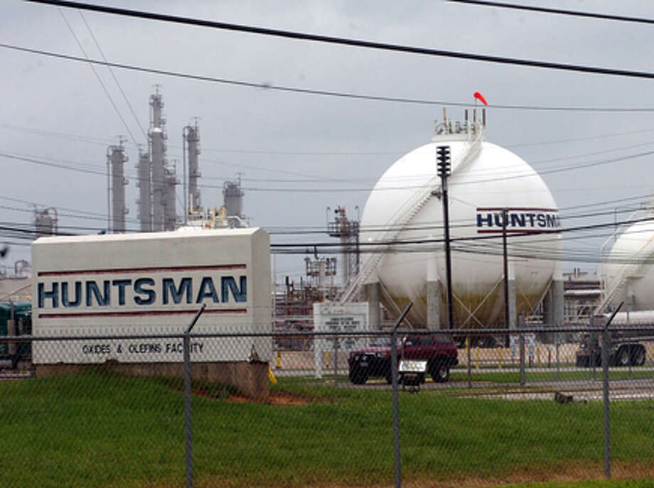 Eleven people were transported for emergency medical care Friday after a sulphur dioxide leak at the Huntsman Corp. plant in Port Neches. Pete Churton/The Enterprise / Beaumont