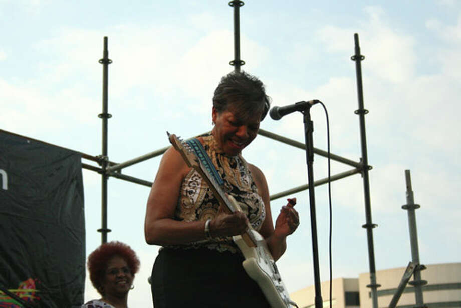 Barbara Lynn performed at the 2010 City of Beaumont Jazz & Blues Festival. She also received the Dr. Raul Ornelas Lifetime Achievement Award at the festival. Teresa Mioli/The Enterprise