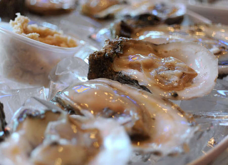 A recent bloom of algae has brought an early closure to Texas oysters harvest season. The algae is said to not affect the shellfish but can cause serious problems for their consumers. Guiseppe Barranco/The Enterprise / Beaumont