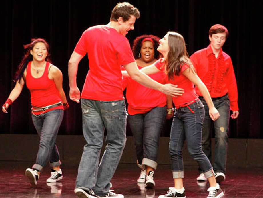 """From left: Jenna Ushkowitz, Cory Monteith, Amber Riley, Lea Michele and Chris Colfer are shown in a scene from """"Glee."""" The show returns tonight at 8:28 p.m. on FOX. AP Photo/FOX, Carin Baer"""