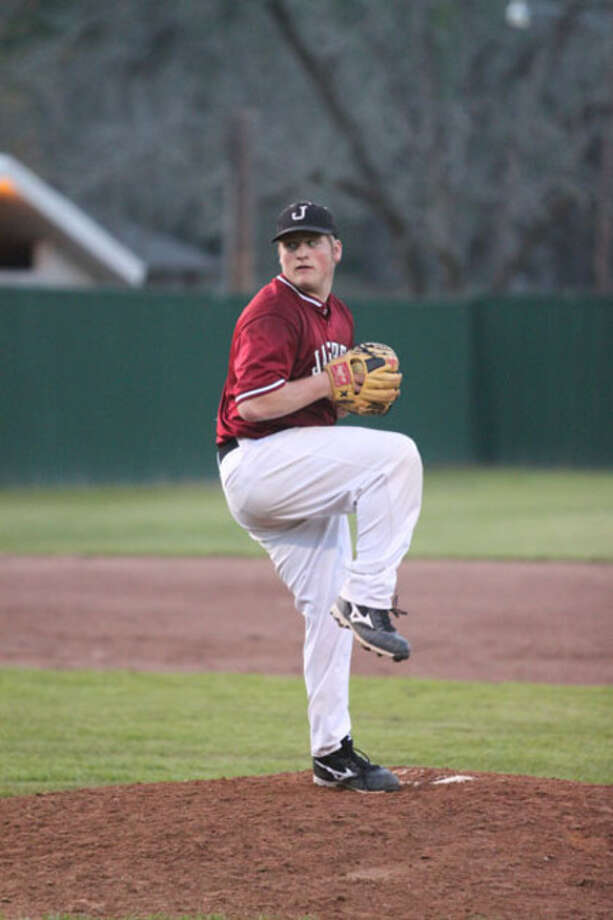 Jasper starter Derek Sowell pitched the Bulldogs past Huntington 10-0 Tuesday, April 13.