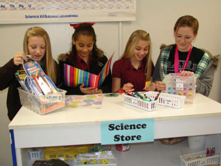 Students pictured from left to right are: Laura Richardson, Brittany Harper, Marissa Durand, and Kylie Hildrebrand.