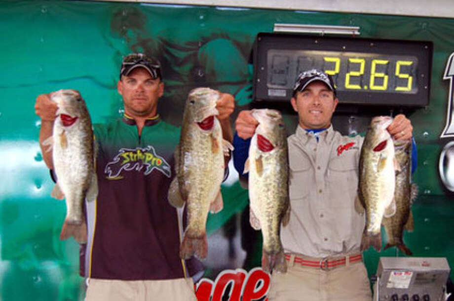 Among the last to weigh, Todd Castledine & Brent Broussard surged into 1st place with their 22.65 lb limit and a $15,000 + win!