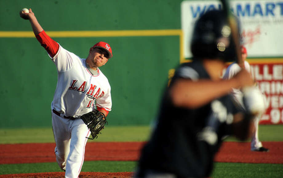 Guillermo Ciefuegos pitches against Rice at Lamar University in Beaumont, Wednesday. Tammy McKinley, The Enterprise