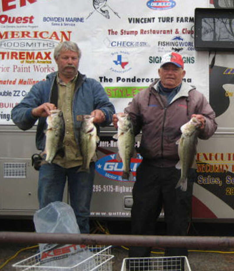 Albert Collins and partner Bobby LeBert win 1st place with 16.10 lbs!