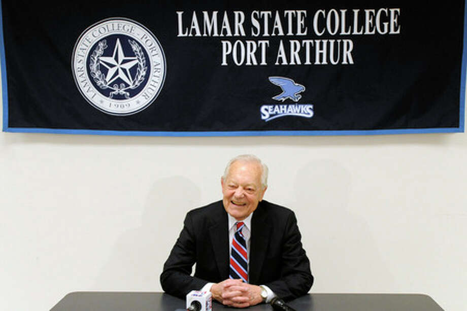 Bob Schieffer, award winning CBS journalist and author, answers questions from the press before speaking as part of the Distinguished Lecture Series at Lamar State College-Port Arthur on Wednesday. Valentino Mauricio/The Enterprise