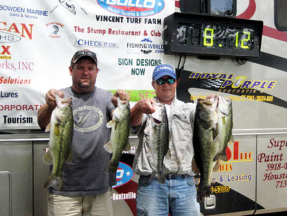 Jeff Capps and Mark Conner -  1st place winners with 5 fish limit of 18.36 lbs.