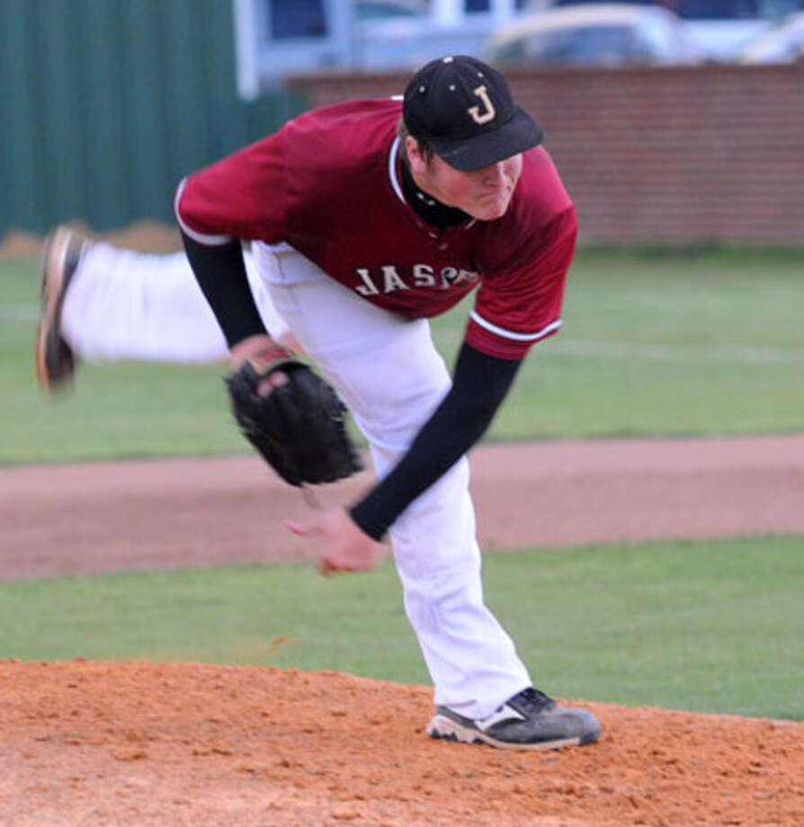 Jasper?s Derek Sowell pitched seven strong innings against Bullard to lead the Bulldogs to a 4-2 victory over the Panthers in the opening playoff game.