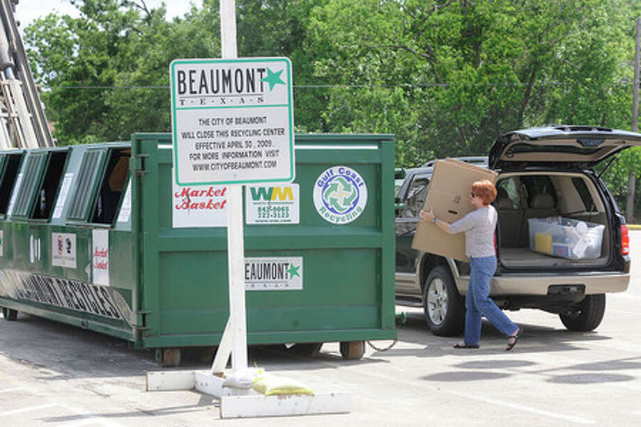 Terri Rabb of Beaumont gets in one last haul of recycleables at the recycling center located in the parking lot of the Market Basket on Phelan. The recycling center provided by the City of Beaumont will conclude operation there on April 30th.    Valentino Mauricio/The Enterprise
