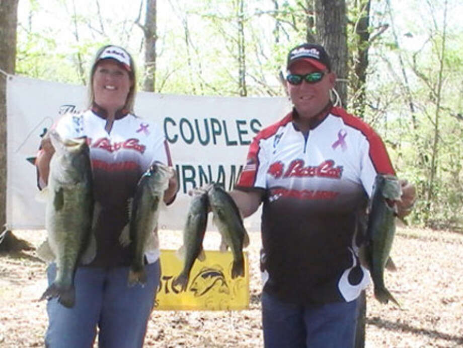"""Amy Miller and Joe Hill win """"2 Of Us"""" with 17.72 lbs."""