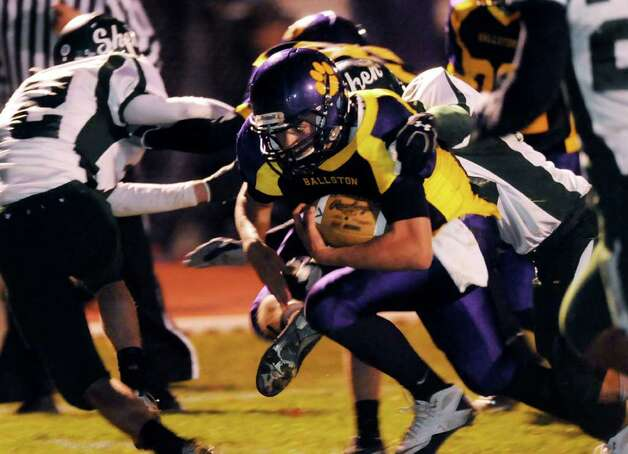 High school football -- Ballston Spa's quarterback Troy Gargiulo (8) carries the ball during their football game against Shenendehowa. (Cindy Schultz / Times Union) Photo: Cindy Schultz