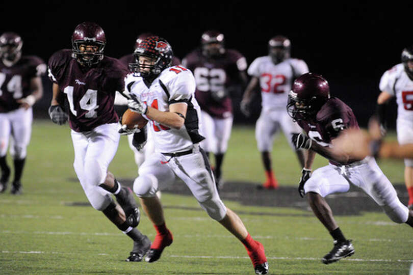 Kirbyville wide receiver, Randy Musgrove beats out the Tigers defense to score the winning touchdown