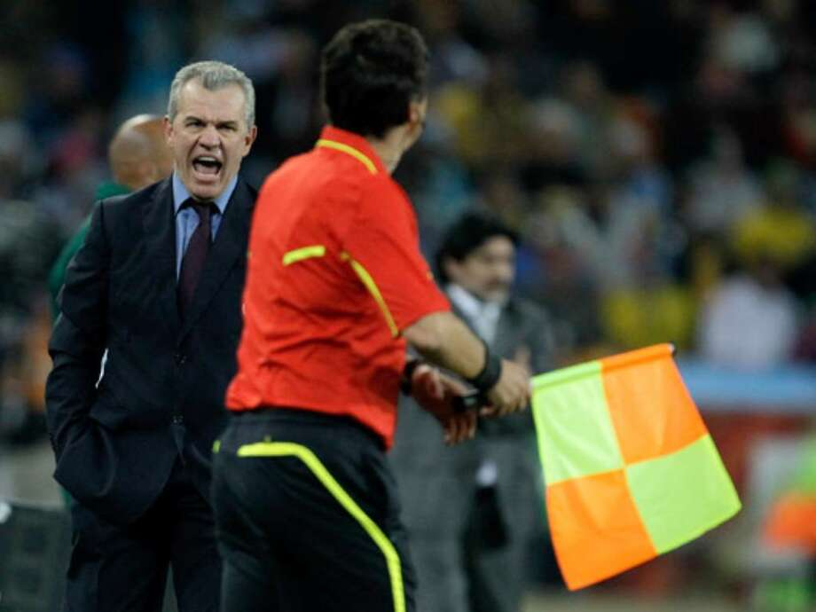Mexico coach Javier Aguirre shouts at a linesman during his team's 3-1 round-of-16 loss to Argentina on Sunday in Johannesburg.