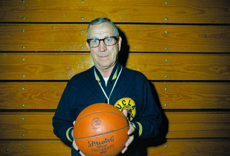 Former UCLA basketball coach John Wooden had a long line of visitors in his final days before dying on Friday.