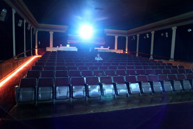 avenue theatre lys under en skæppe