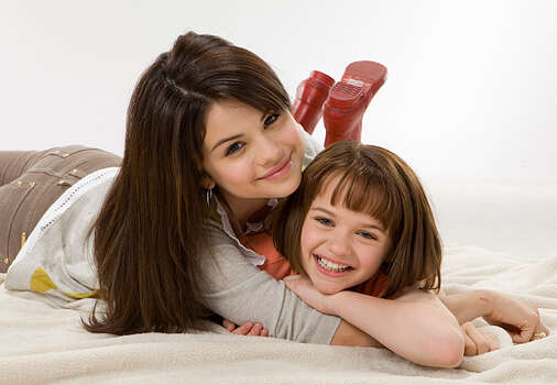 Selena Gomez is Beezus and Joey King is Ramona in Ramona & Beezus. / TM and © 2010 Twentieth Century Fox and Walden Media, LLC.  All rights reserved.  Not for sale or duplication.