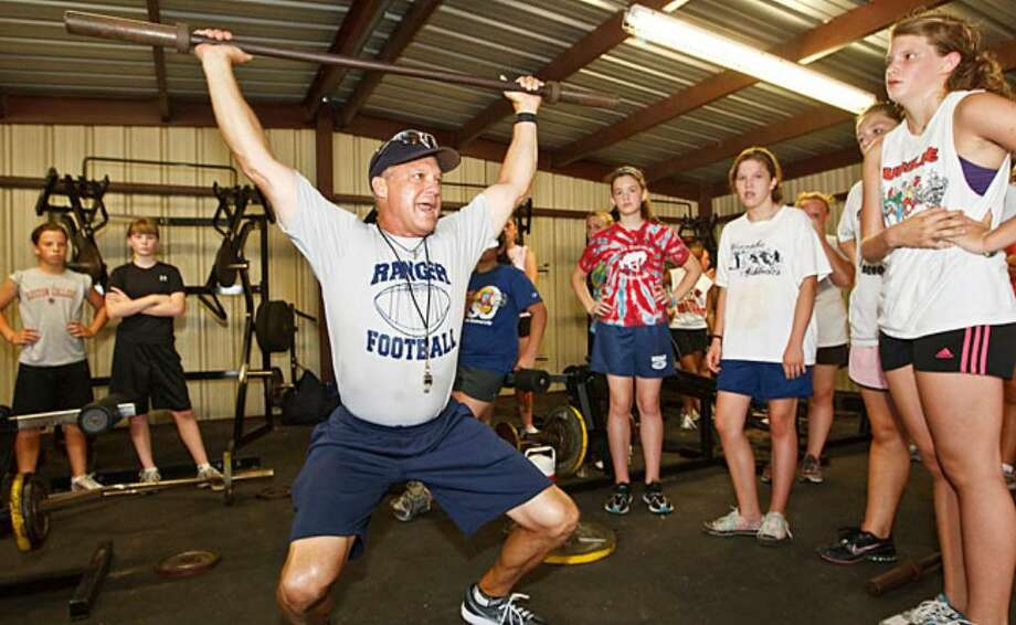 More than 400 athletes attend conditioning camp - San