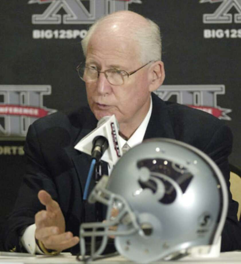 Kansas St. coach Bill Snyder says he talks with players' families about how to best handle overtures by agents.