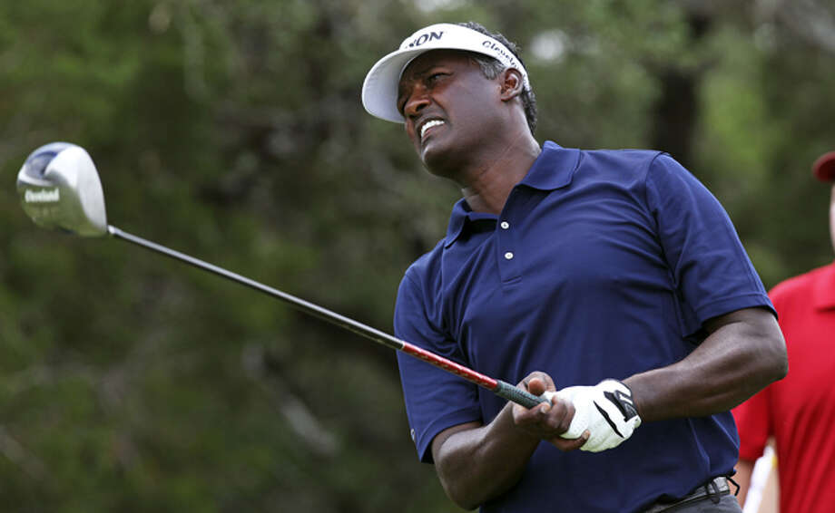 Vijay Singh will be grouped with leading money-winner Ernie Els during today's first round.