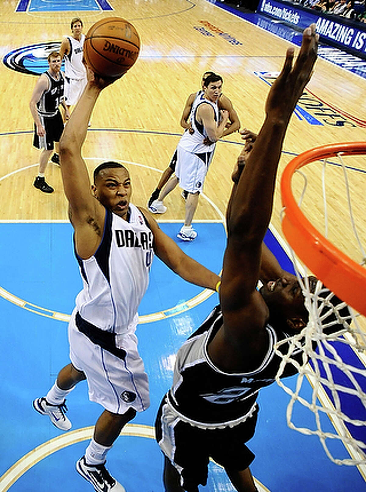 Free-agent forward Caron Butler and his agent met with Spurs officials Wednesday.