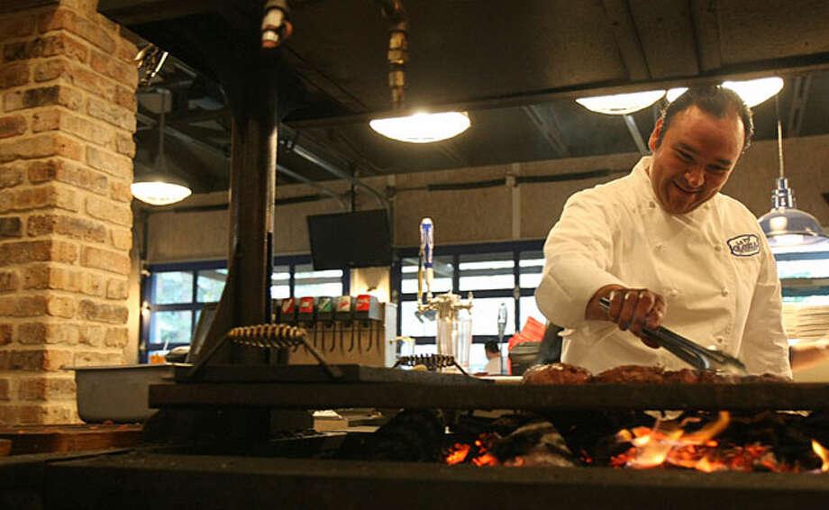 Chef Johnny Hernandez S Glory Days San Antonio Express News